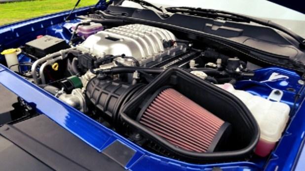 2022 Dodge Challenger hellcat engine