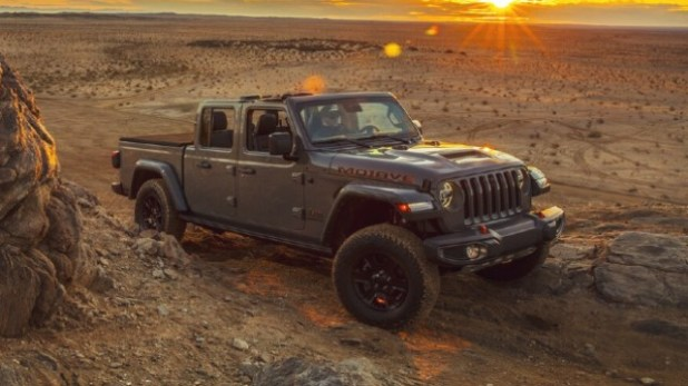 2021 Jeep Gladiator Mojave exterior