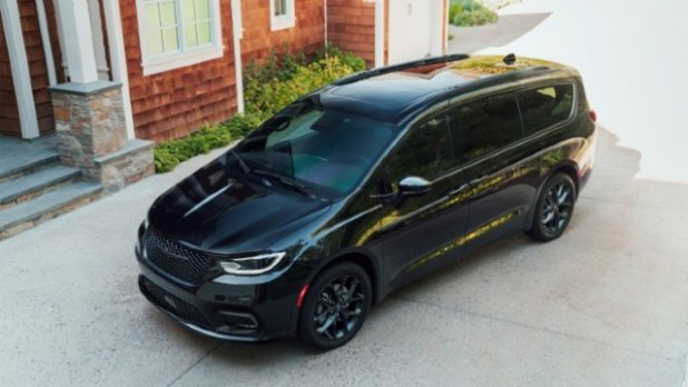 2022 Chrysler Pacifica design