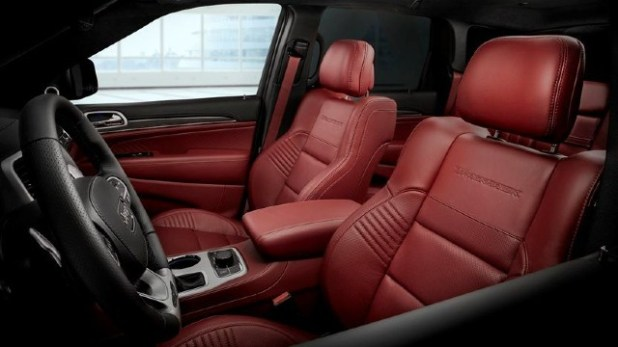 2021 Jeep Grand Cherokee Trackhawk interior