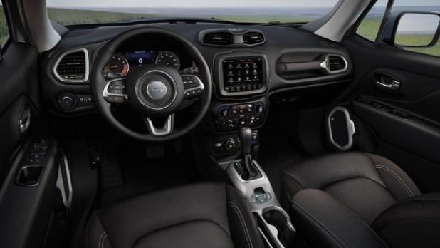 2021 Jeep Renegade Trailhawk interior