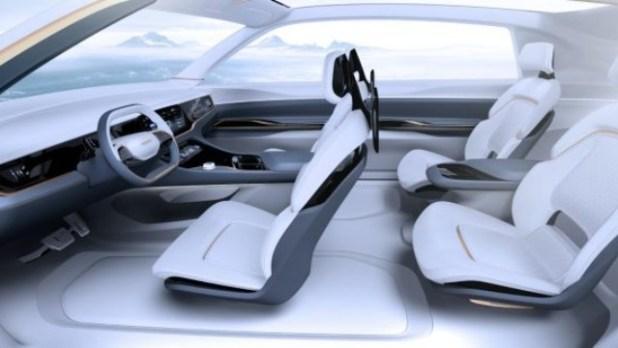 2022 Chrysler Imperial interior