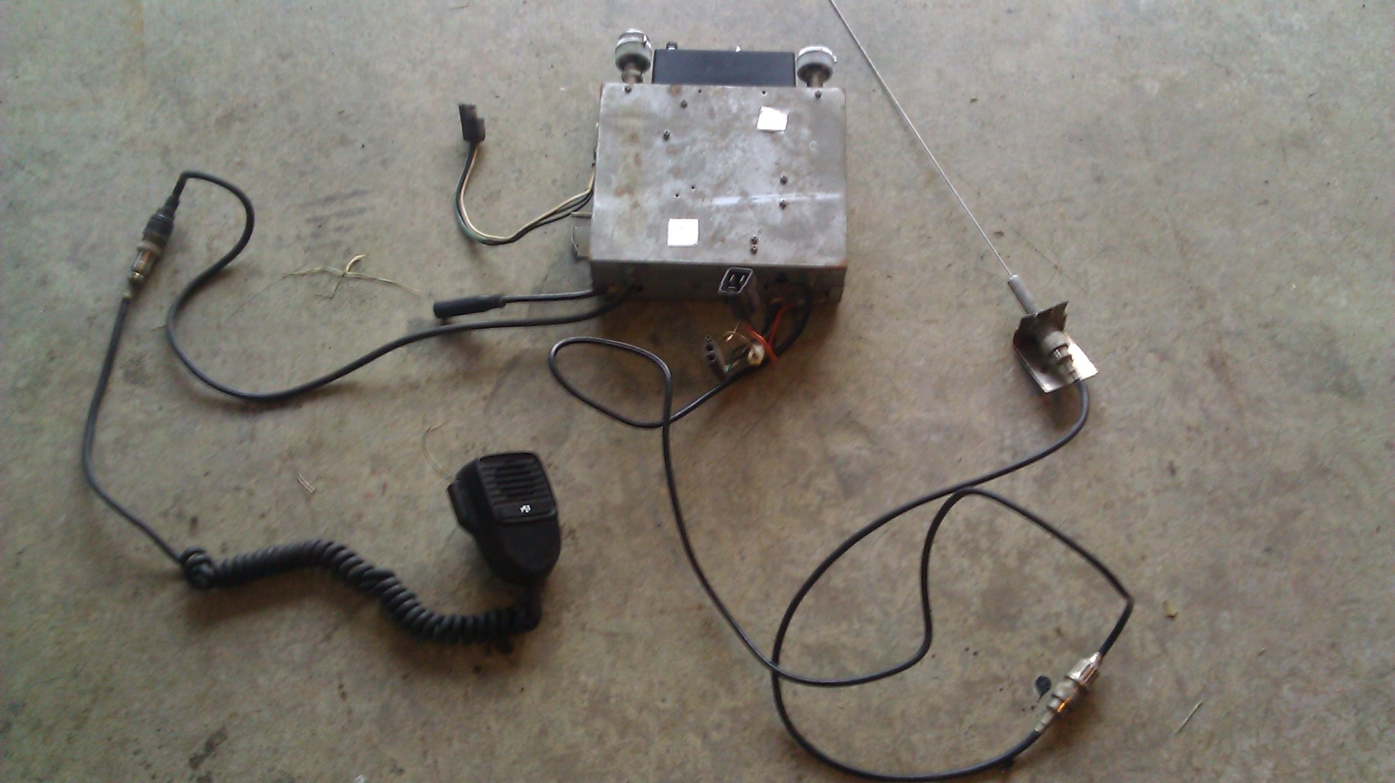 hight resolution of amc am fm and cb radio how to wire it ecj5 cb antenna wiring cb radio wiring