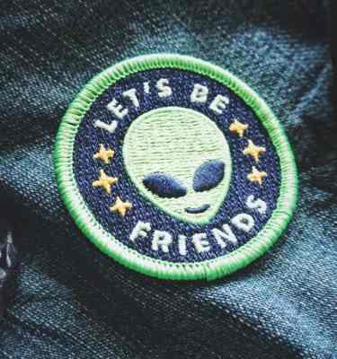 """Alien Patch - """"Lets Be Friends"""""""