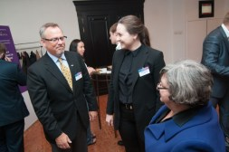 Jeff Hester speaks with attendees of KM conference in Moscow