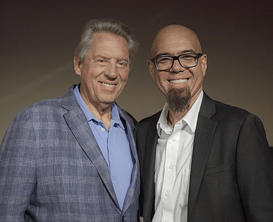 Quotes by John Maxwell