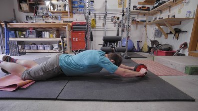 ab wheel in use