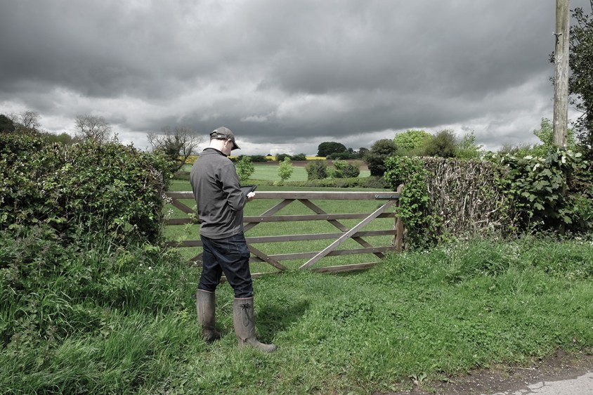 Jeff Parker, ipad artist on location in North Yorkshire
