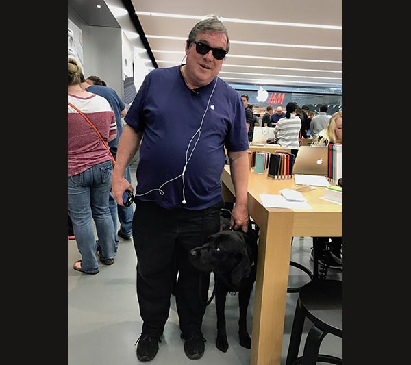 Stan Blind Apple Store Employee and Service Dog
