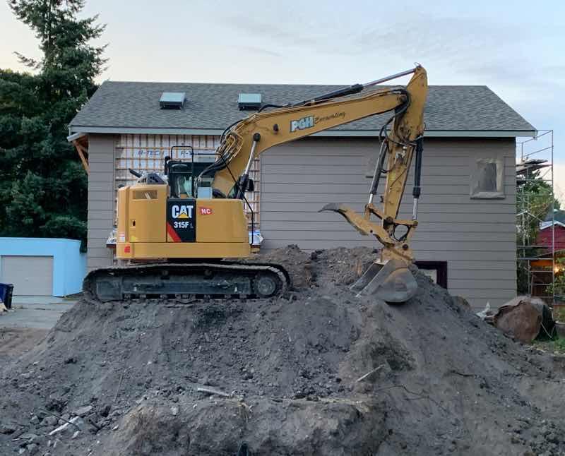 CAT, 315F, excavating, cat sitting, cats