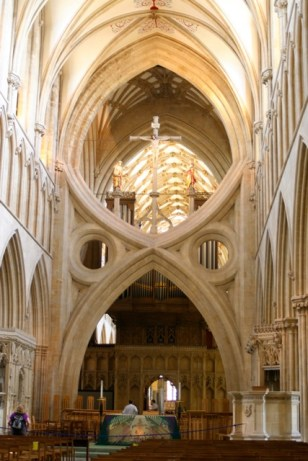Scissor arches, one of the glories of this cathedral.