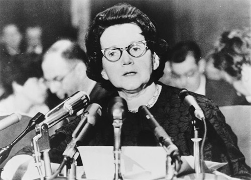 rachel_carson_testifying_congress
