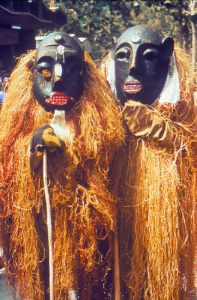 Witch_doctors_PHIL_1322_lores