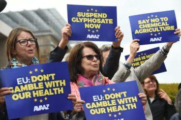 glyphosate protest EU Monsanto
