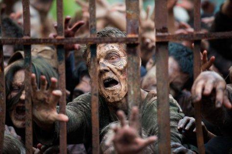 The Walking Dead - Thank You - walkers