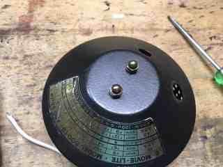 Lamp base mounting 2