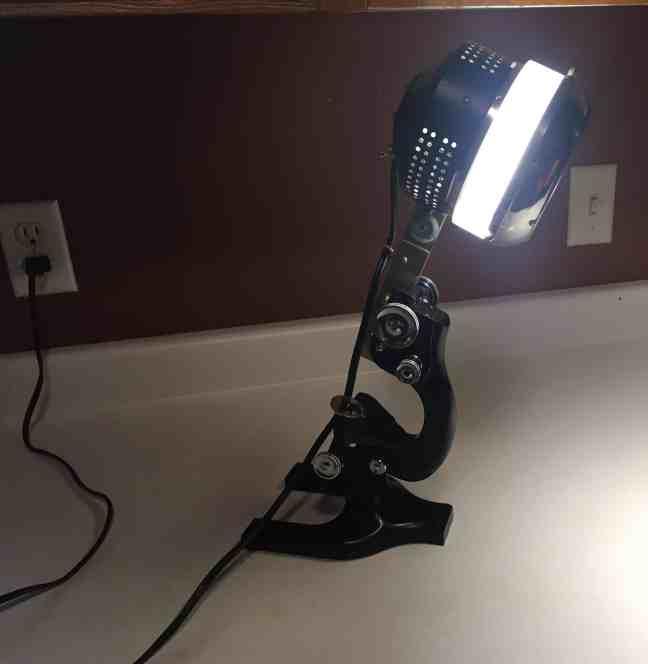 Microscope-Lamp-3.jpg