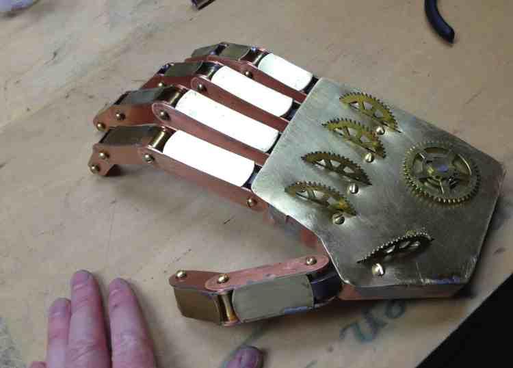 4 Steampunk Hand