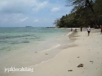 Pantai Barakuda