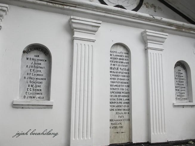 salah satu makam