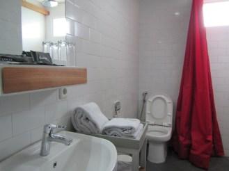 bathroom in Mezzanine Room