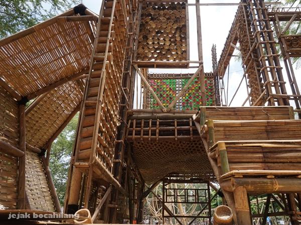 Rumah Oksigen karya Akademi Bambu Nusantara