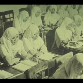 Perjuangan Panjang Jilbab di Indonesia