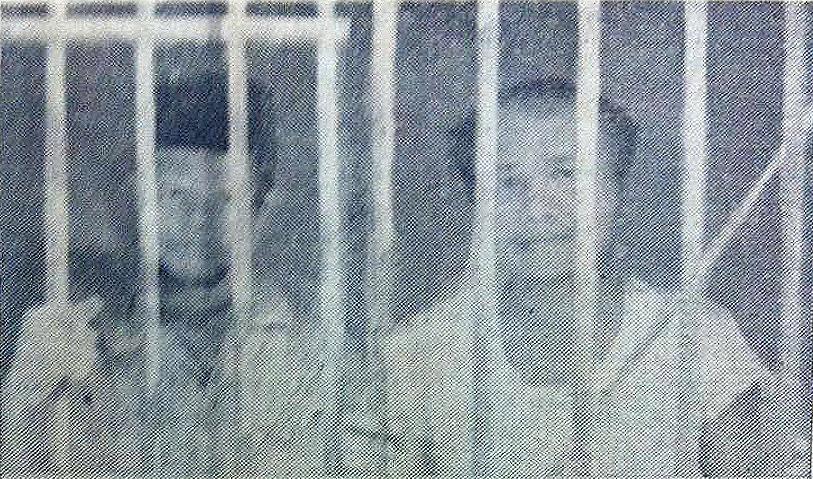 Maroeto dan Djoko Sudjono ditangkap. Sumber foto: Harian Sin Po, tahun 1948