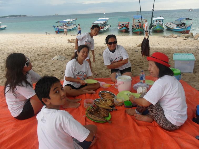 lengkuas island belitung babel snorkeling beach