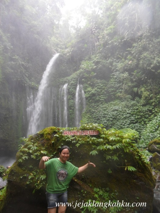 tiu kelep water fall air terjun lombok