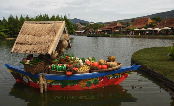 Floating Market Lembang Wisata Nan Sejuk Sembari Kuliner
