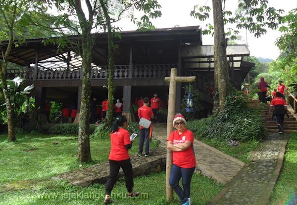 trekking taman safari puncak 11-1
