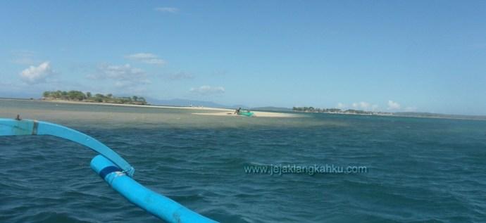 wisata lombok pantai pink beach