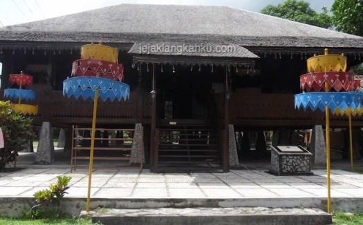 rumah adat belitung 2