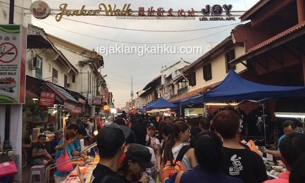 Wisata Kuliner & Belanja di Jonker Walk Street, Night Market Melaka