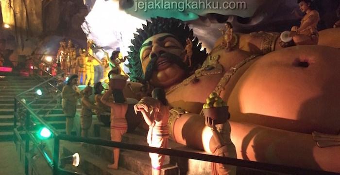 Colekan di telinga yang bikin merinding di Ramayana Cave – Batu Caves, Kualalumpur