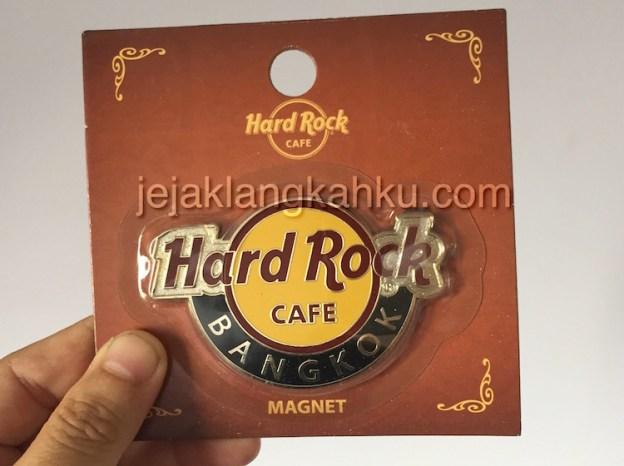 Berburu Merchandise Hard Rock di Bangkok, Thailand