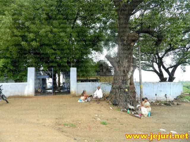 gurekunta - katamallana temple gate