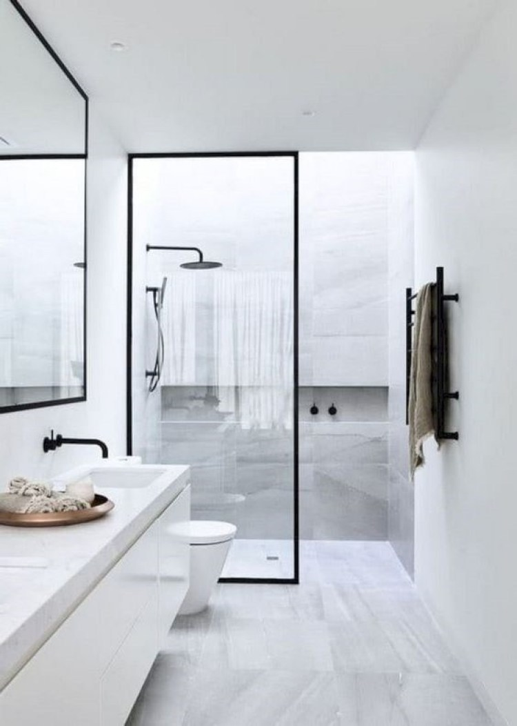 Chic Small Bathroom Ideas - Transparent Partition
