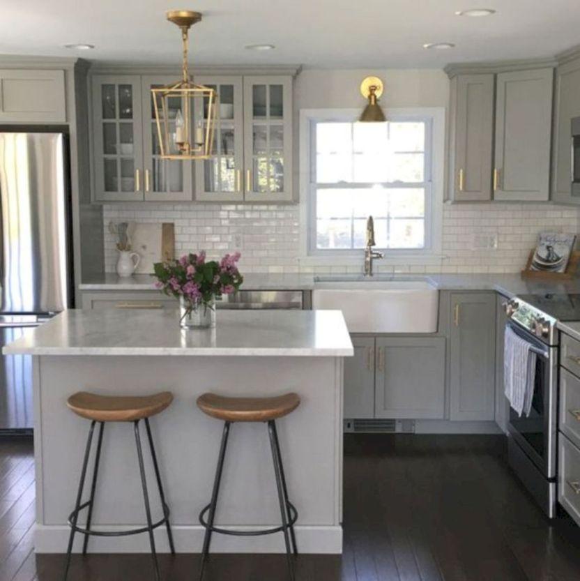 Amazing Small Kitchen Renovation Ideas 07