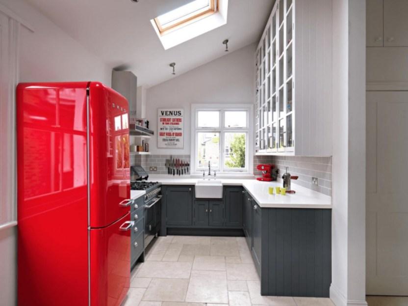 Amazing Small Kitchen Renovation Ideas 08