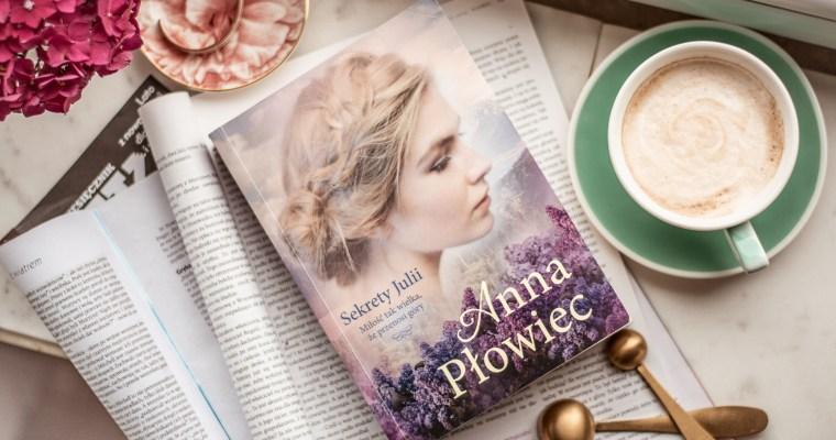 Sekrety Julii – Anna Płowiec