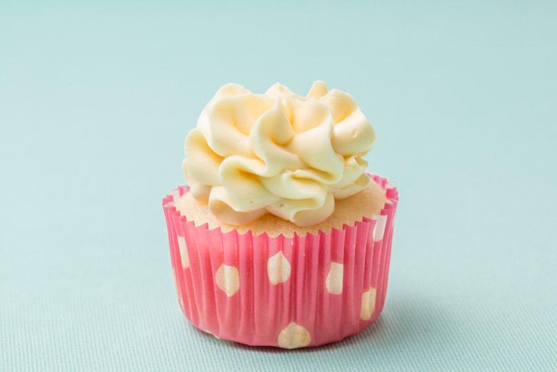 passion fruit mini cupcake