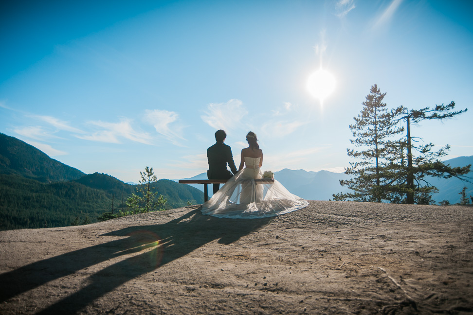 mountain-adventure-bride-groom