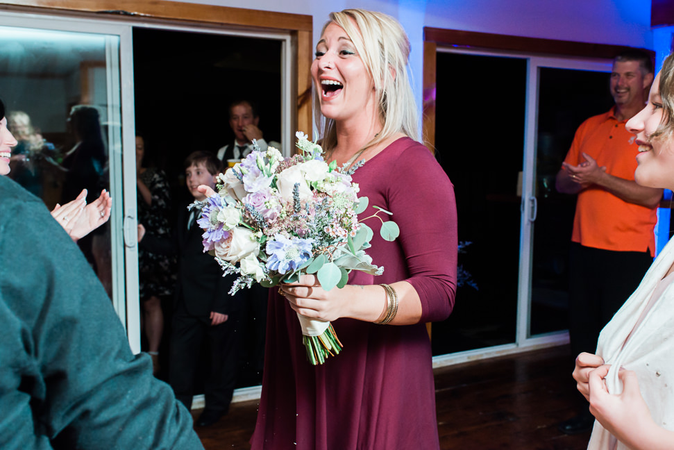 bridal-bouquet-toss-sunshine-coast