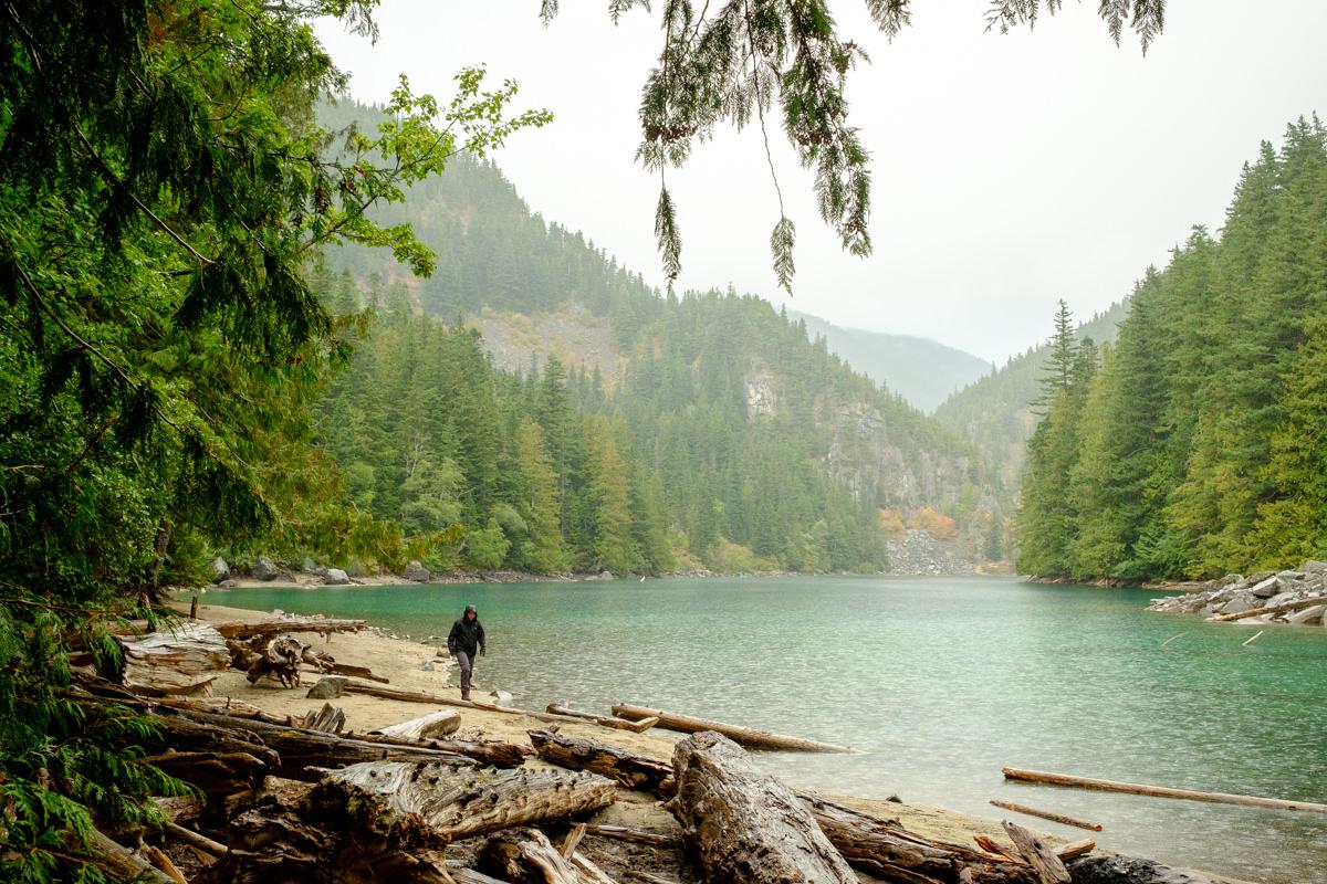 Lindeman Lake hike in Chilliwack
