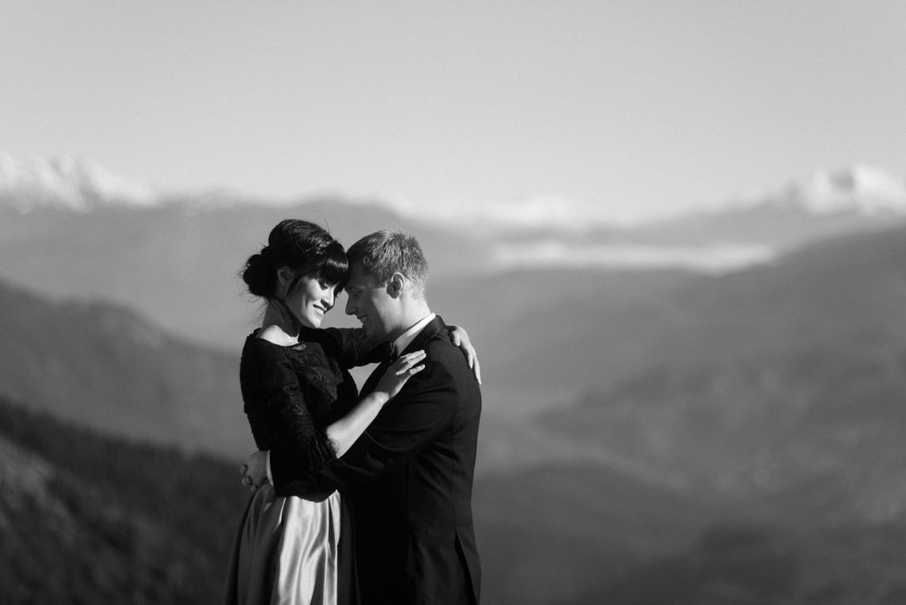 helicopter elopement Squamish photos