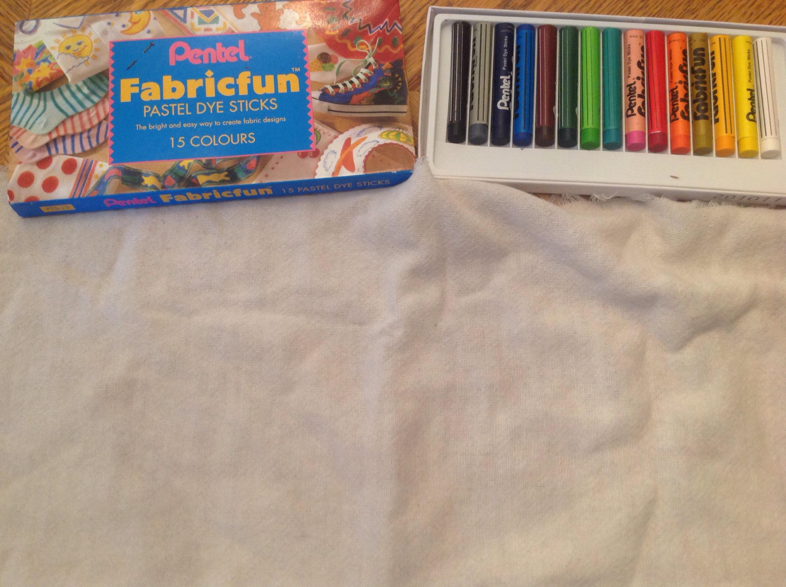 Crayons à textile trouvé dans une armoire à projets