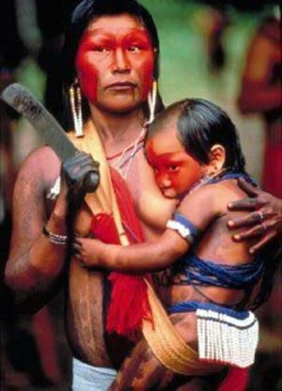 photos d'allaitement autour du monde