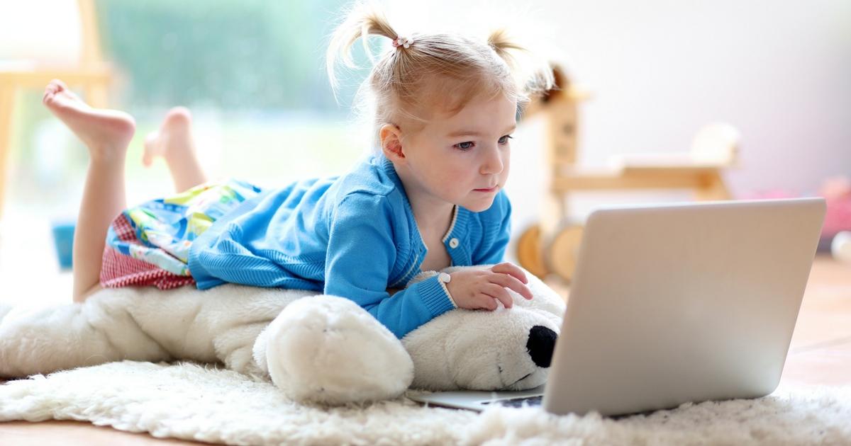 Unschooling 101: L'extraordinaire non-scolarisation t'intéresse? À lire sur le blogue Je Materne (unschooling, québec, apprentissage en famille, école-maison)